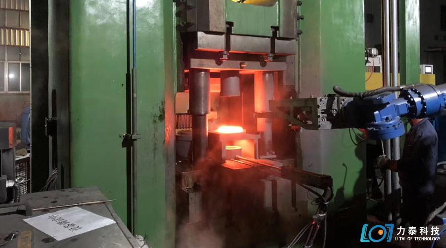 热锻成型选锻造工业机器人