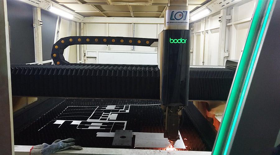 力泰为氧化皮清洗机专门设置钣金加工部