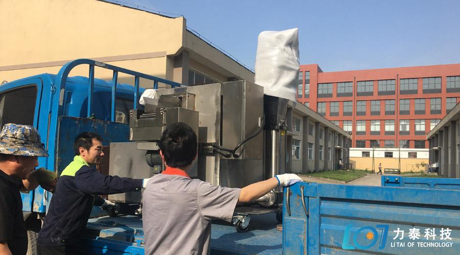 专车提货发往山东济南体验除磷机的效果