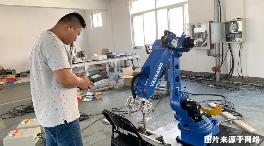 你上锻造自动化项目,我送你工业机器人课程