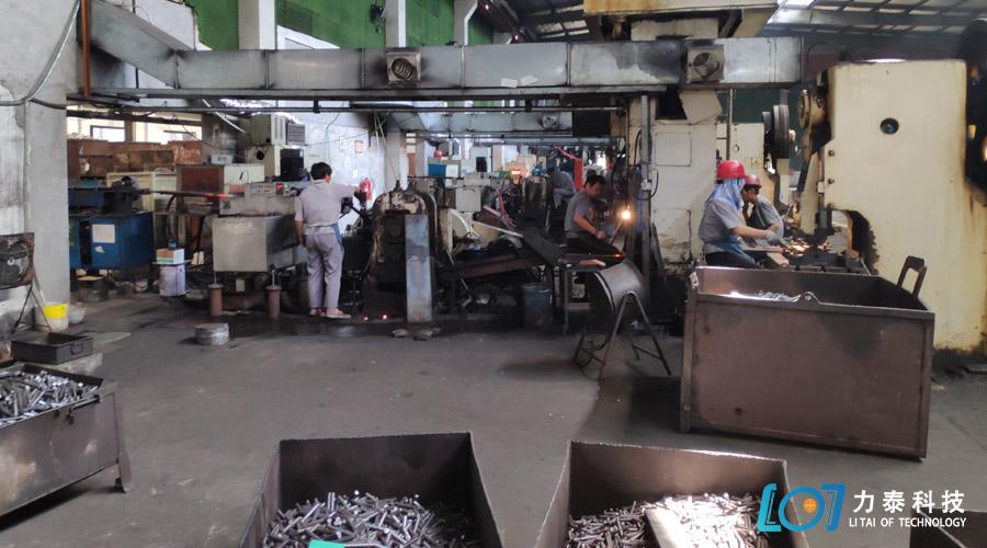 氧化皮清洗机-选对厂家才放心