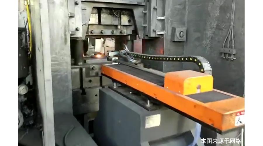 锻造石墨乳配套使用自动喷石墨装置