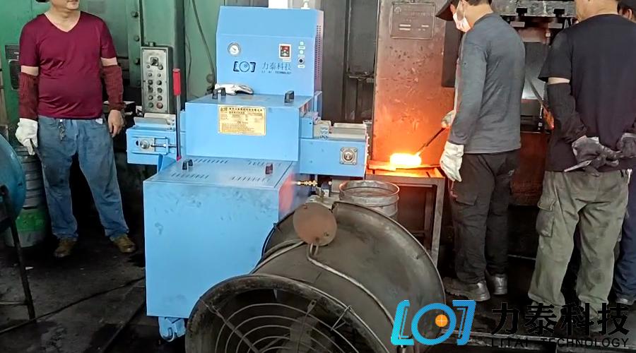 氧化皮除磷机设备成为热锻新工艺流程